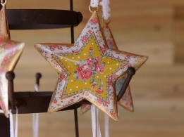Imbarro hanging pretty star geel